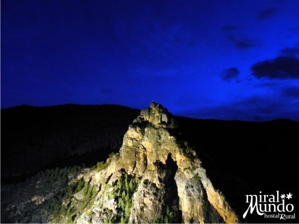 Ayna_de_noche_Los_Picarzos - Miralmundo