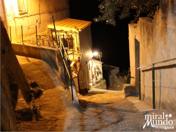 Ayna_de_noche_calle - Miralmundo