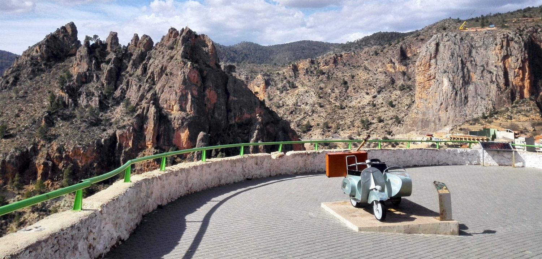 Doce lugares imprescindibles que visitar paseando por Ayna