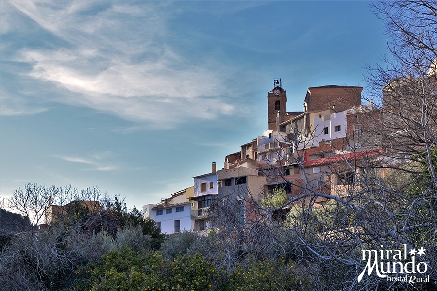 Aýna-Iglesia-Sierra-del-Segura-Albacete-Miralmundo