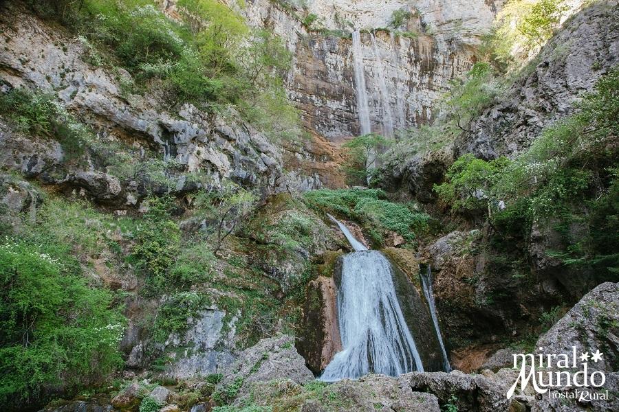 Riópar-Nacimiento-de-río-Mundo-Sierra-de-Albacete-Miralmundo