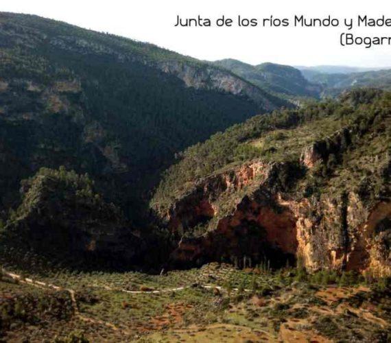 Ruta por el cañón del río Mundo